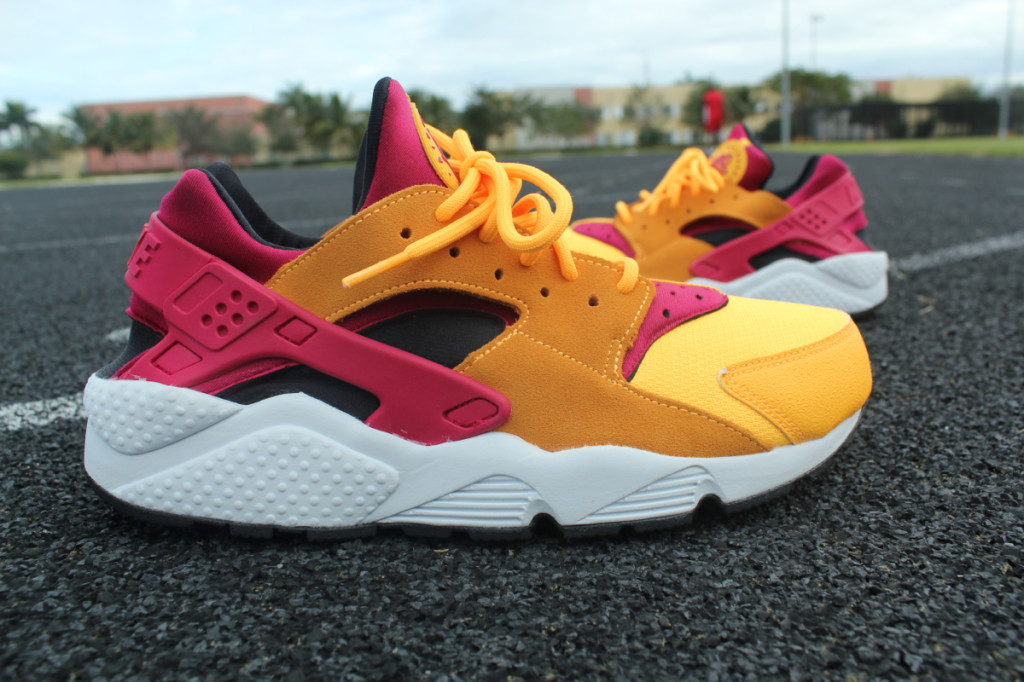 Size-x-Nike-Air-Huarache-LE-_-02