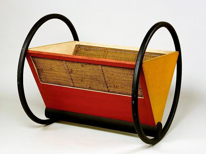 Bauhaus, Детская кроватка 1922