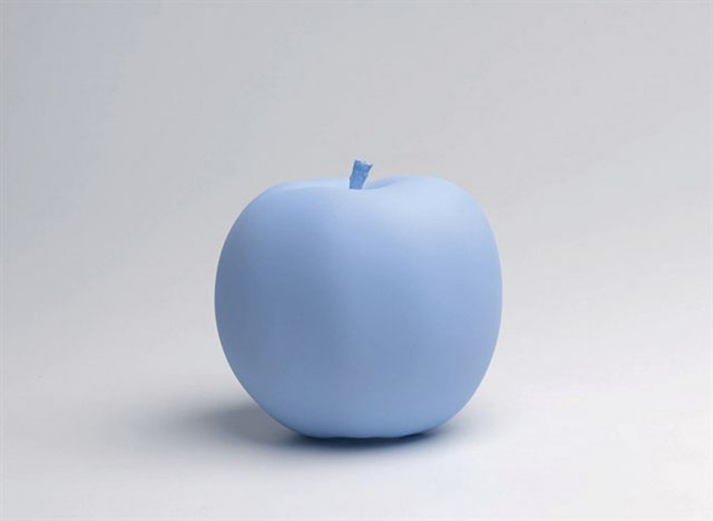 Katharina_Fritch2009_10Apple_High_speed_resin_cast__color_hand_finished_box1500x1500