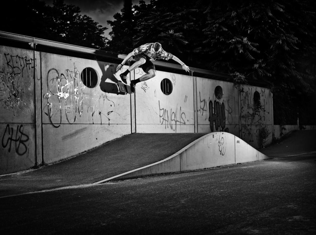 Nisse_flip_wallride