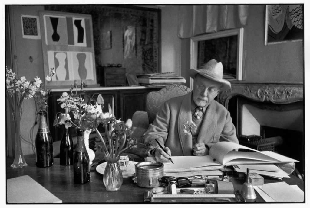 """FRANCE. Alpes-Maritimes. Vence. February 1944. French painter Henri MATISSE at his home, villa """"Le Rêve""""."""