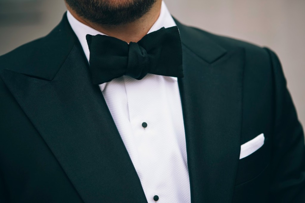 The-Versatile-Gent-Australian-Blogger-Menswear-Fashion-Black-Tie-Arnold-Grosgrain-Bow-Tie-Le-Noeud-Papillon-Sydney-Australia-London-New-York-Roma-Milano-Paris