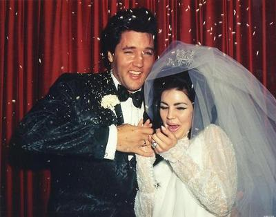 UNITED STATES - MAY 01:  Wedding Photos of Elvis Presley to Priscilla on May 01,1967  (Photo by Michael Ochs Archives/Getty Images)