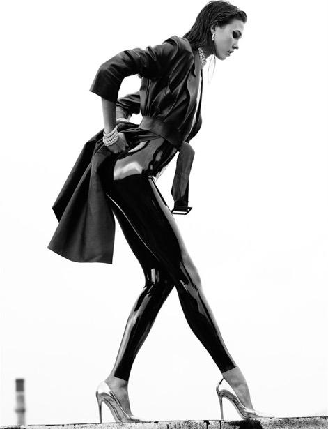 Karlie-Kloss-Numéro-October-2012-1