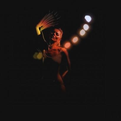 Танцующая Кейт Мосс в новом клипе Massive Attack