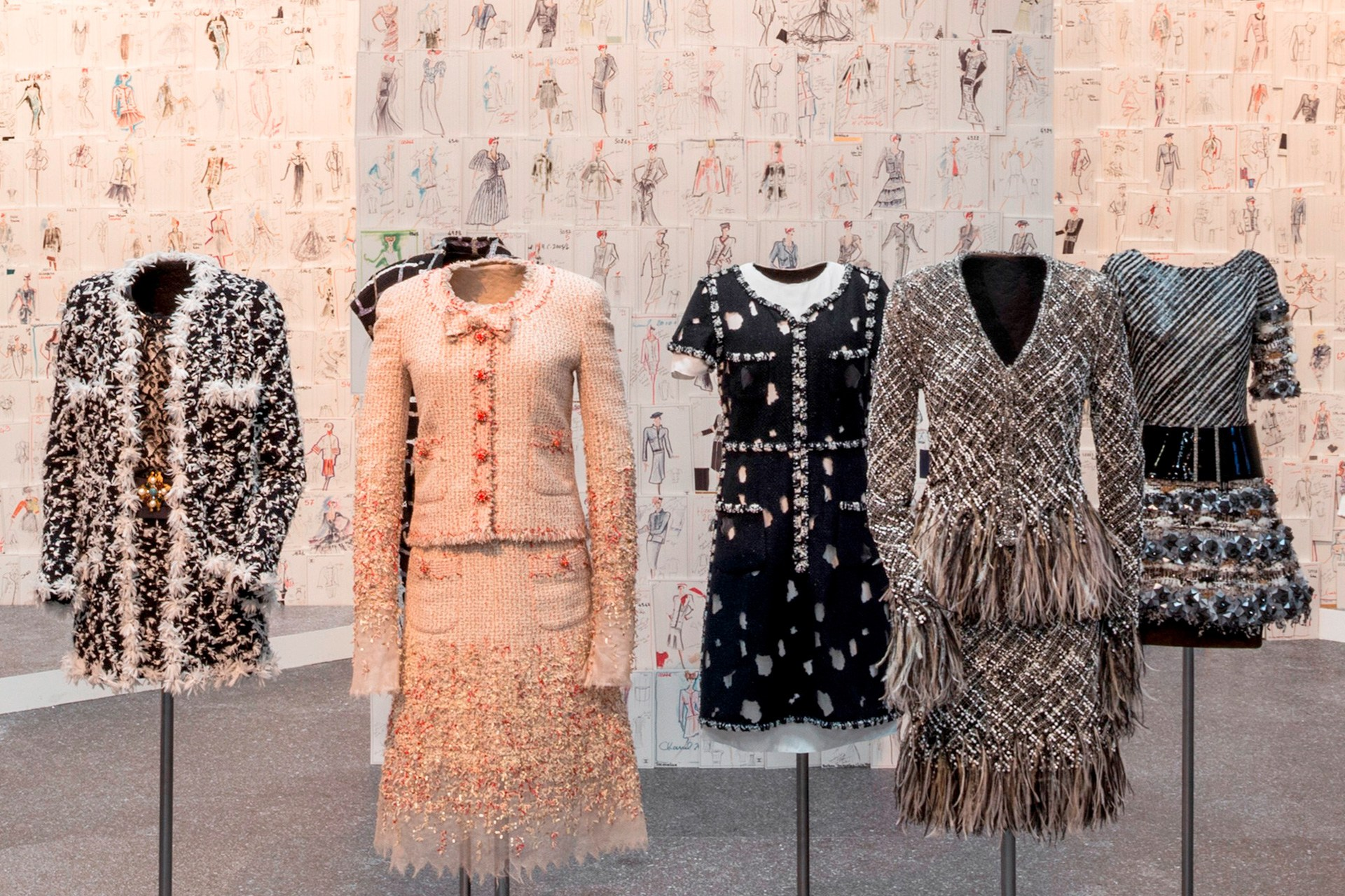17-Reinvention-of-Tweed-from-weave-to-embroidery-CREDIT-David-Ertl