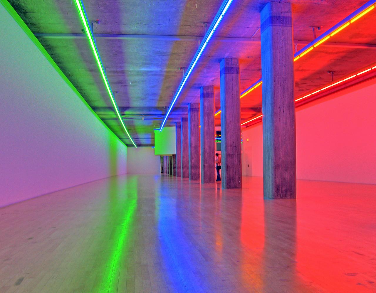 Lenbachhaus Kunstbau - Dan Flavin