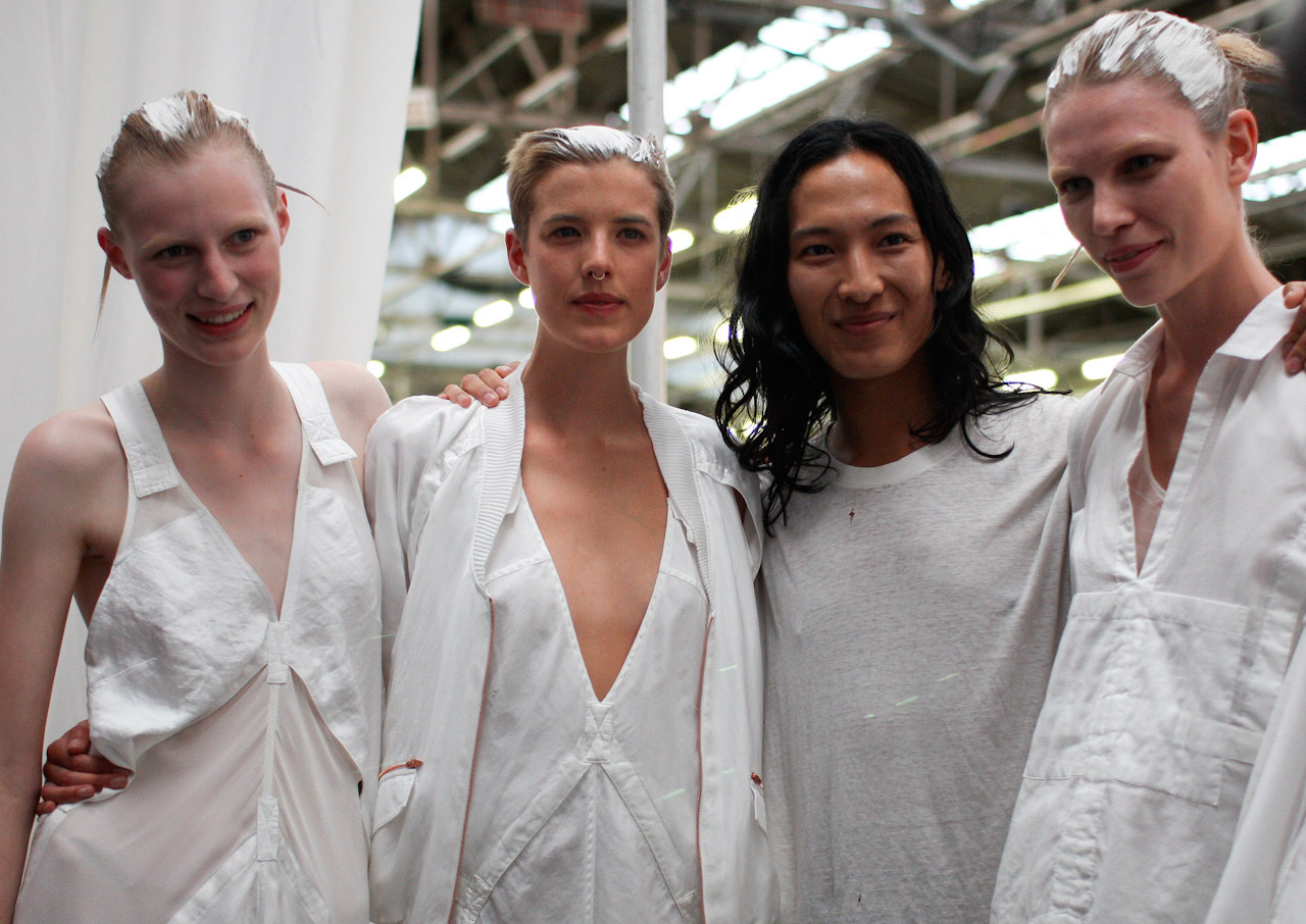 alexander-wang-backstage-with-models-by-betty-sze