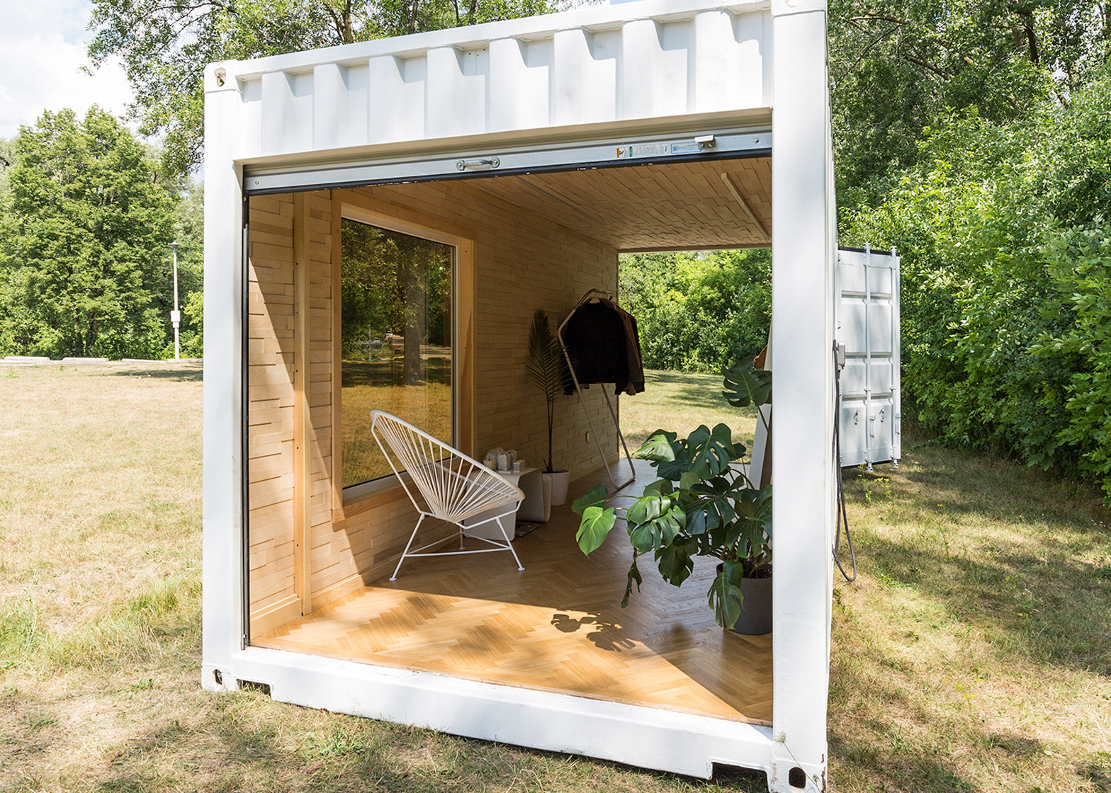 needs-and-wants-container-showroom_dezeen_1568_2