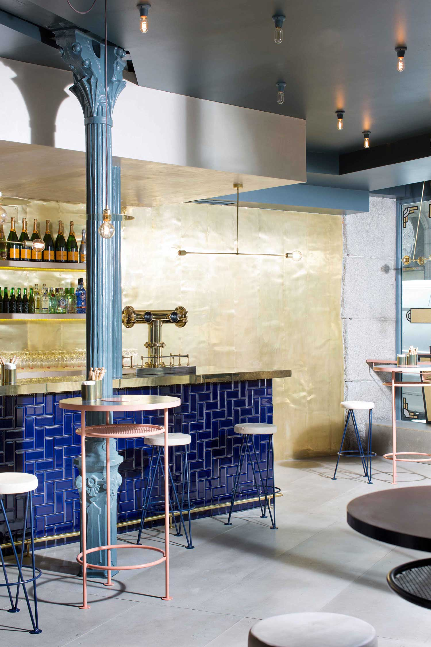 sandwich-champaign-bar-madrid-by-lucas-y-hernandez-gil-yellowtrace-04