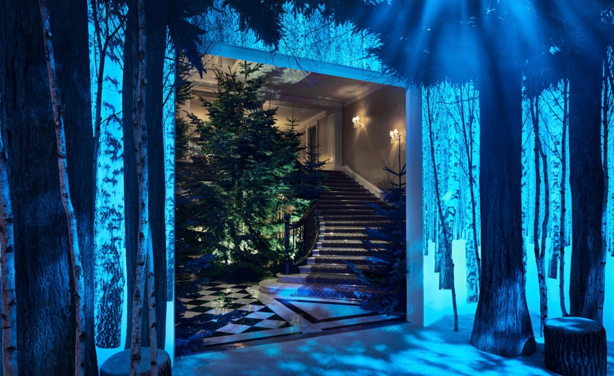 claridge-christmas-tree-jony-ive-1200x735