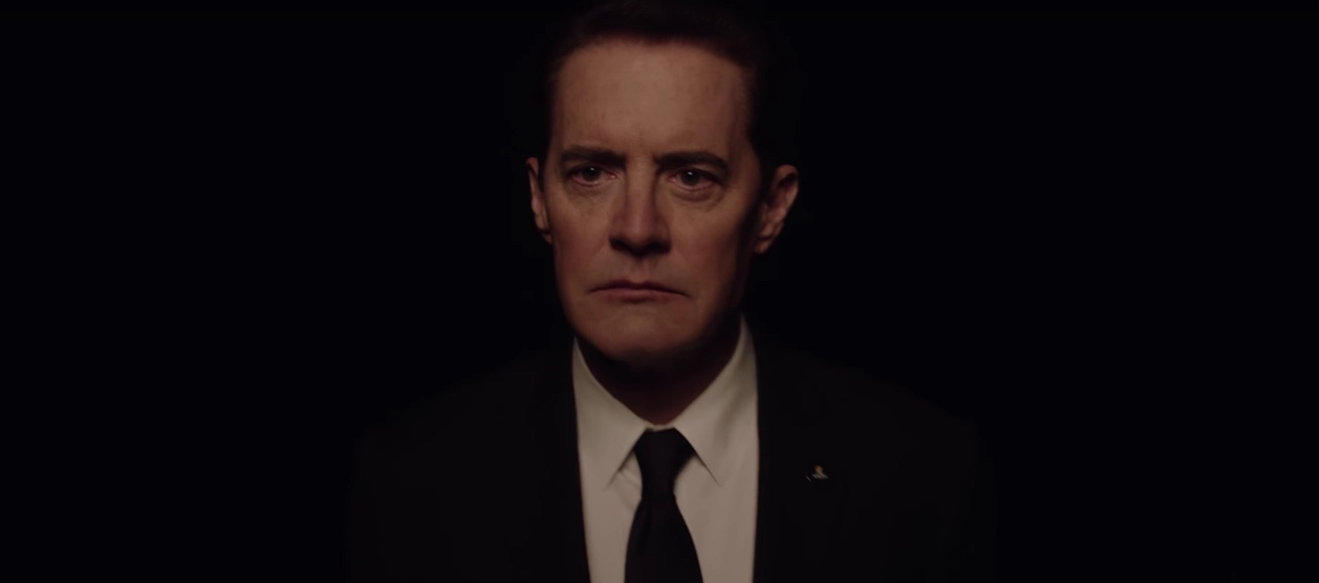Kyle-MacLachlan-in-Twin-Peaks-Season-3-Teaser