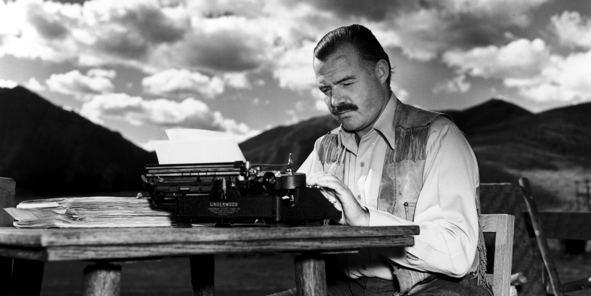 an analysis of similar views in war by steven crane and ernest hemingway