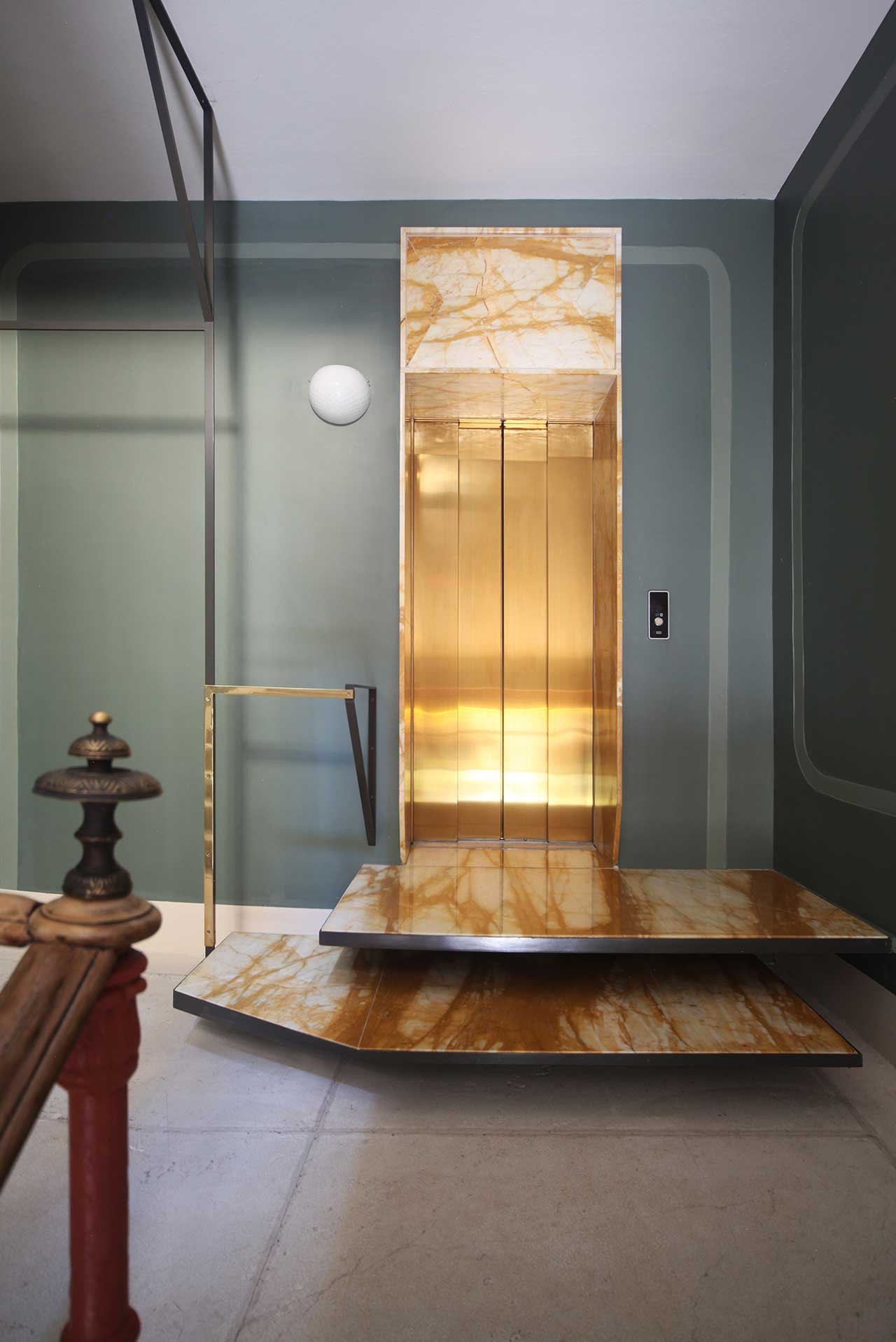 f2_marcante_testa_another_venice_-internal_renovation_of_historic_building_in_venice_italy_yatzer