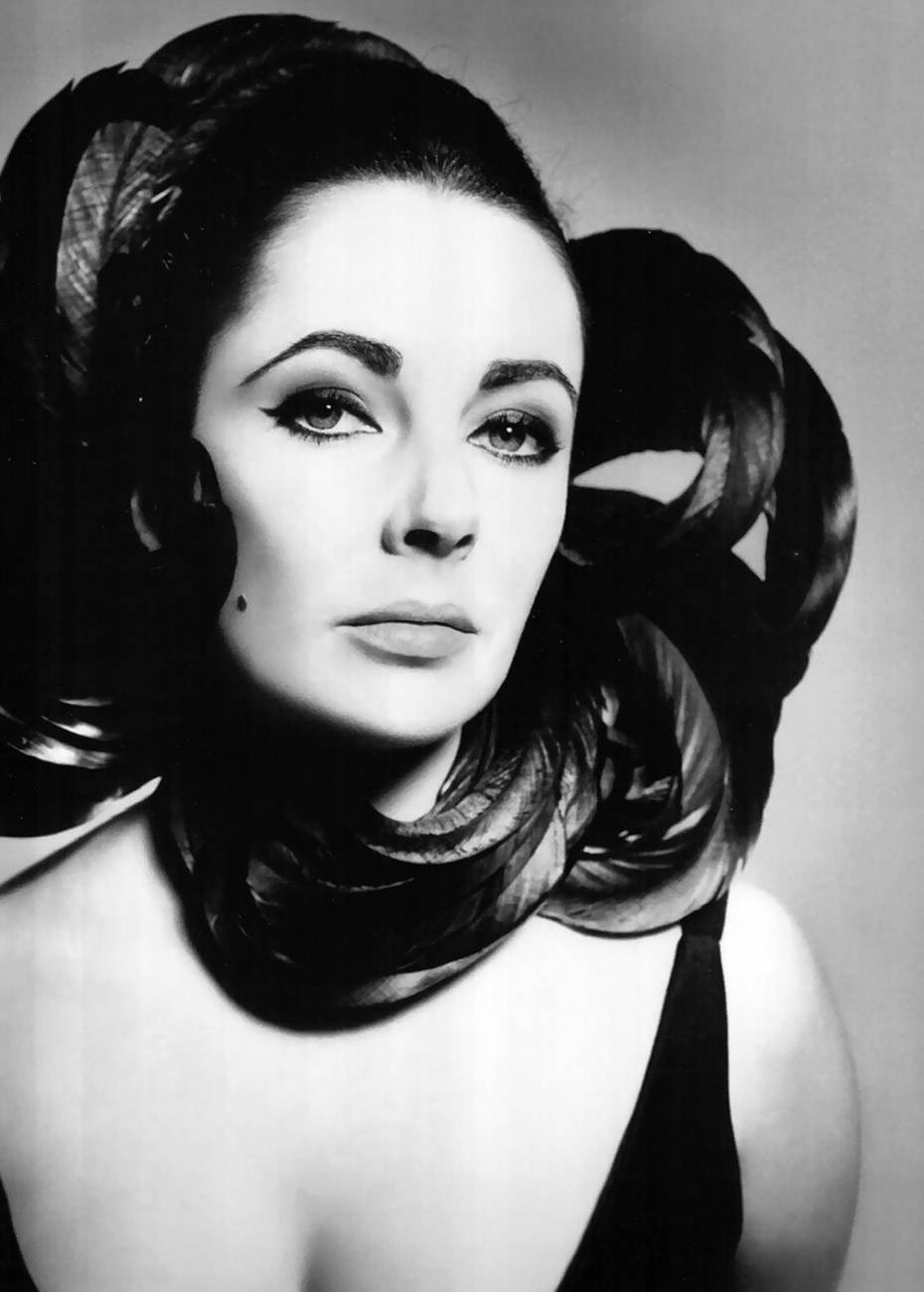 elizabeth-taylor-ny-1964-photo-richard-avedon