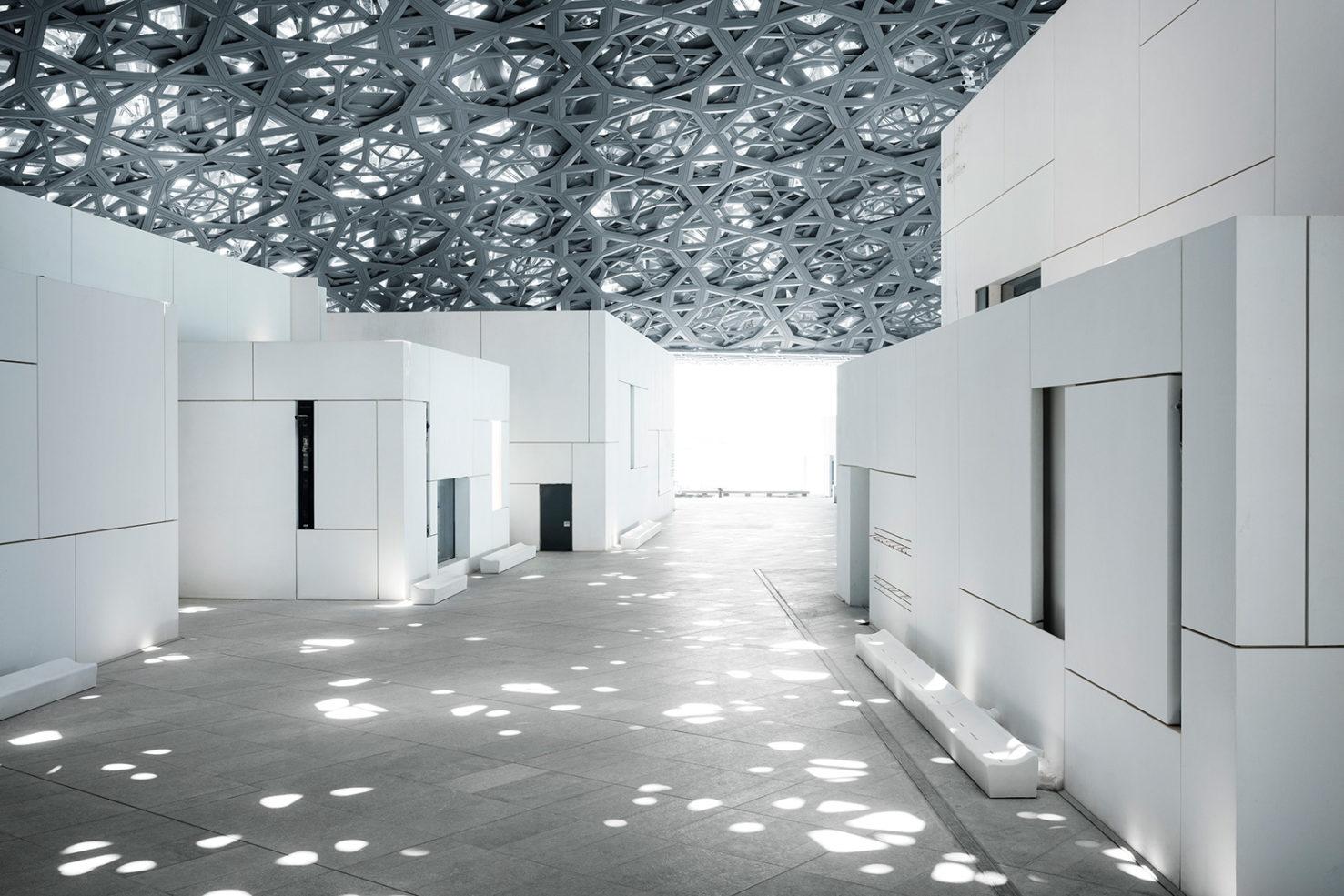 Лувр в Абу-Даби