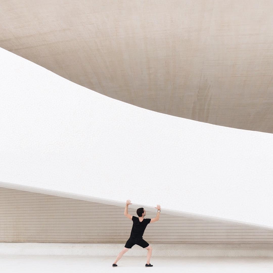автопортреты и архитектура
