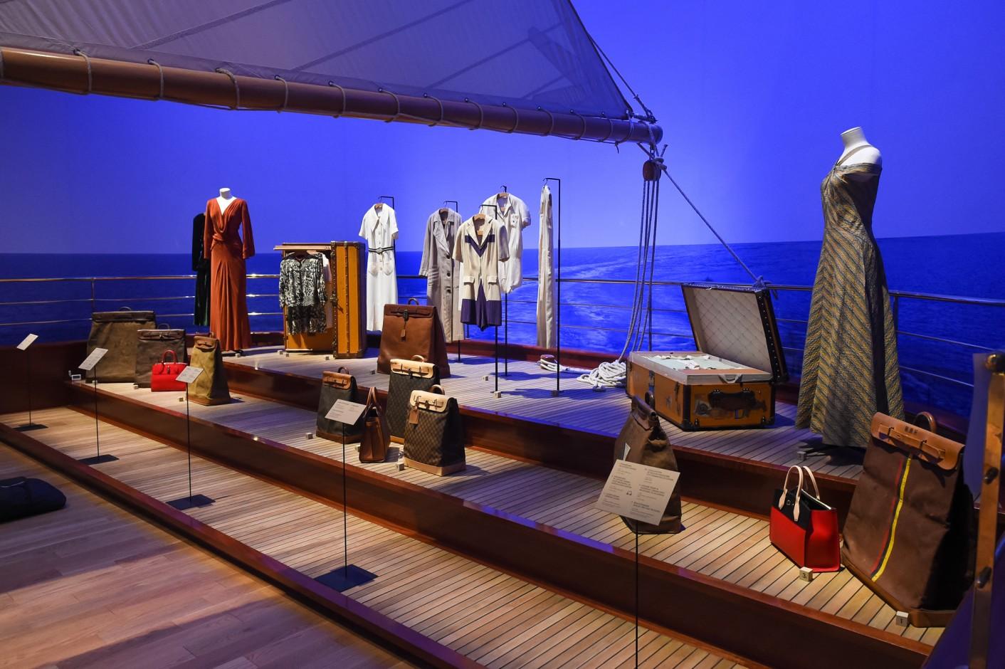 louis-vuitton-volez-voguez-voyagez-exhibition-new-york-8