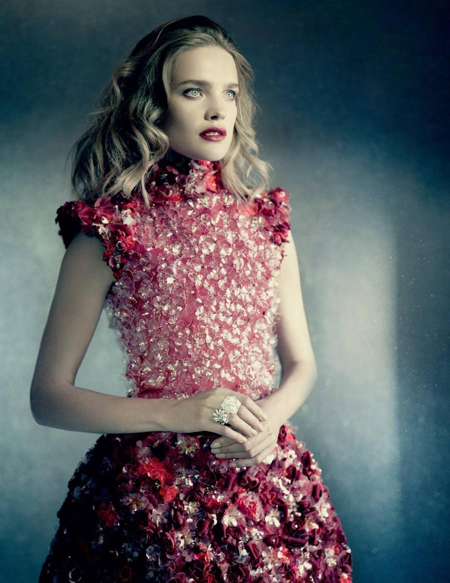 Natalia_Vodianova_Paolo_Roversi_Vogue_Russia_2014_04
