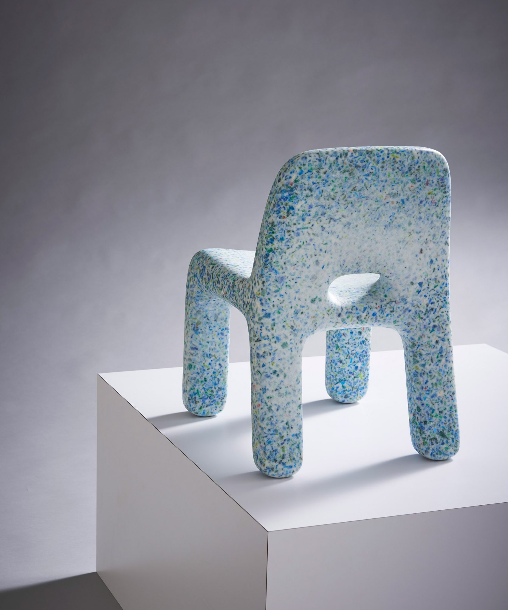 ecobirdy-childrens-furniture-design-maison-objet-recycled-plastic_dezeen_2364_col_2-1704x2045