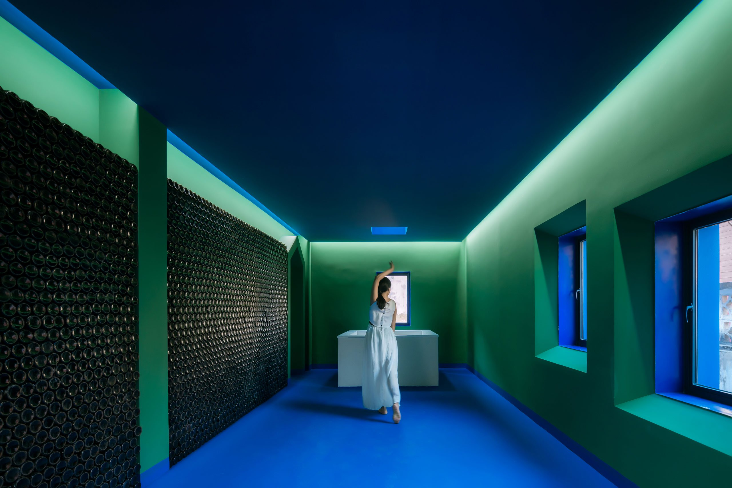 p2_his_house_and_her_house_shenzhen_china_wutopia_lab_yatzer