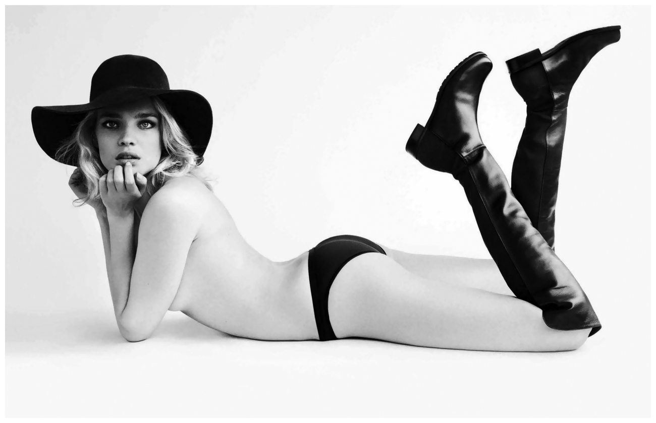 photo-mario-testino-stuart-weitzman-2012-natalia-vodianova-as-coeboy-kate