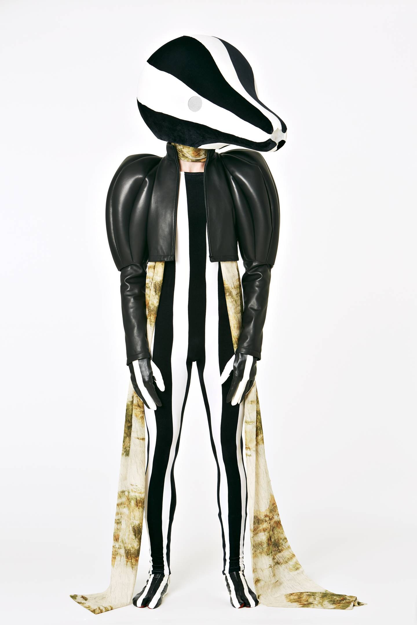Loewe костюмы