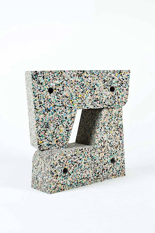 sara-regal-alonso-recycled-furniture-2