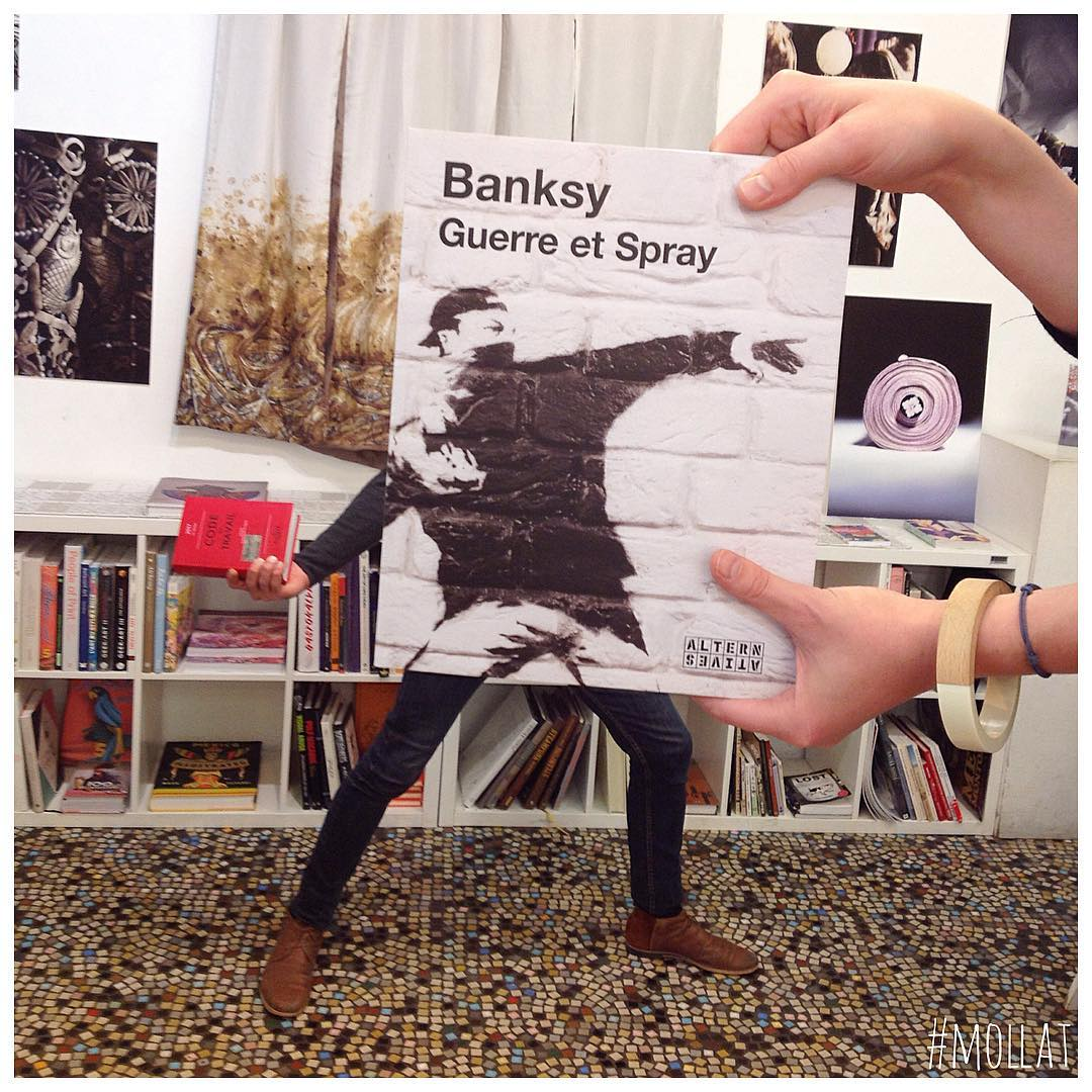 Instagram книжный магазин
