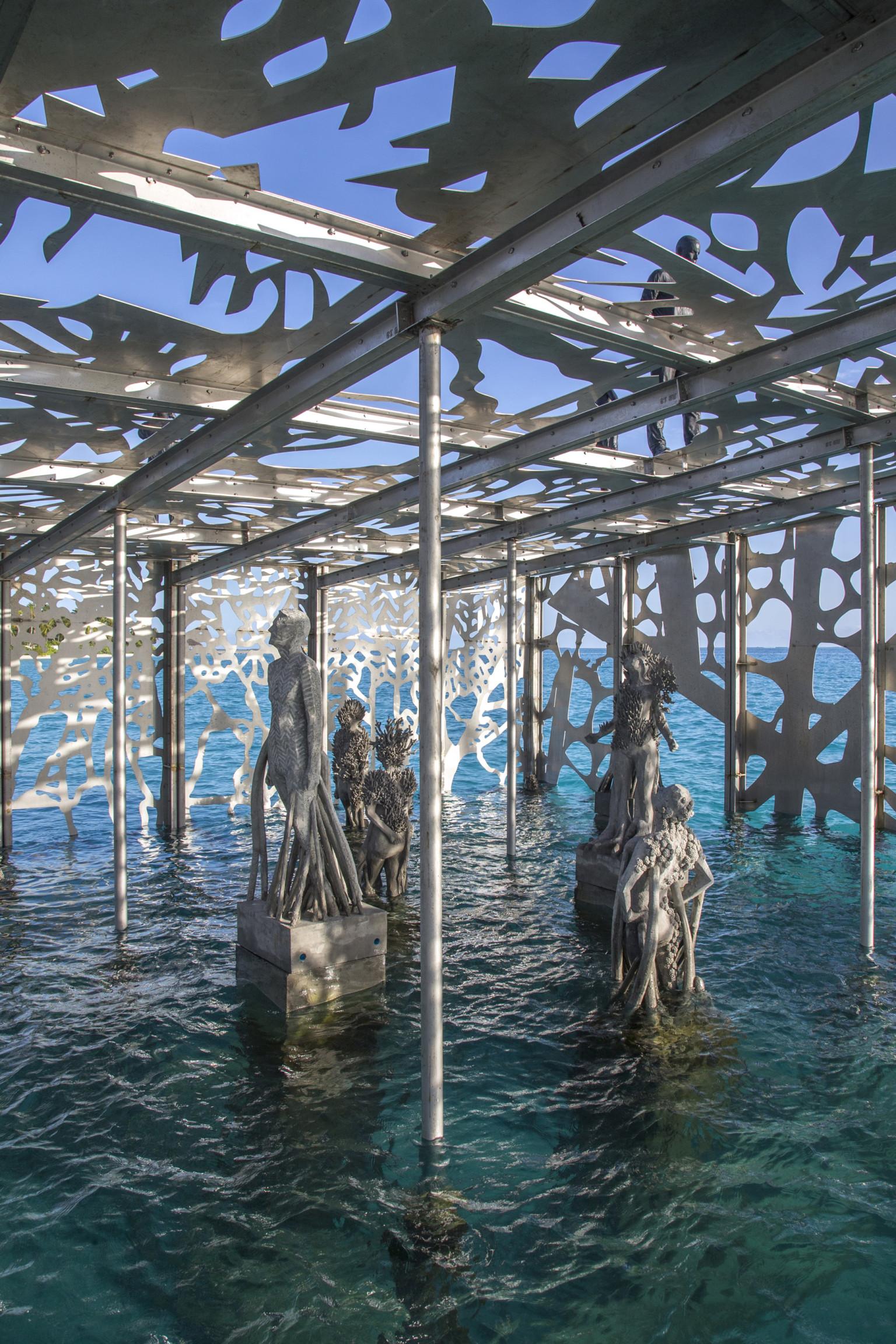coralarium-7-768x1152@2x