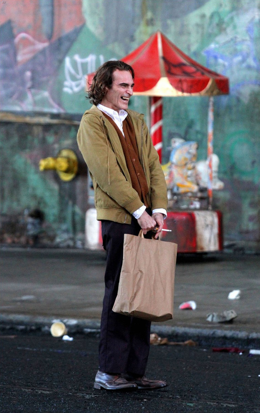 joaquin-phoenix-joker-first-look-3