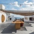 p2_open_market_in_santorini_greece_by_kapsimalis_architects_yatzer