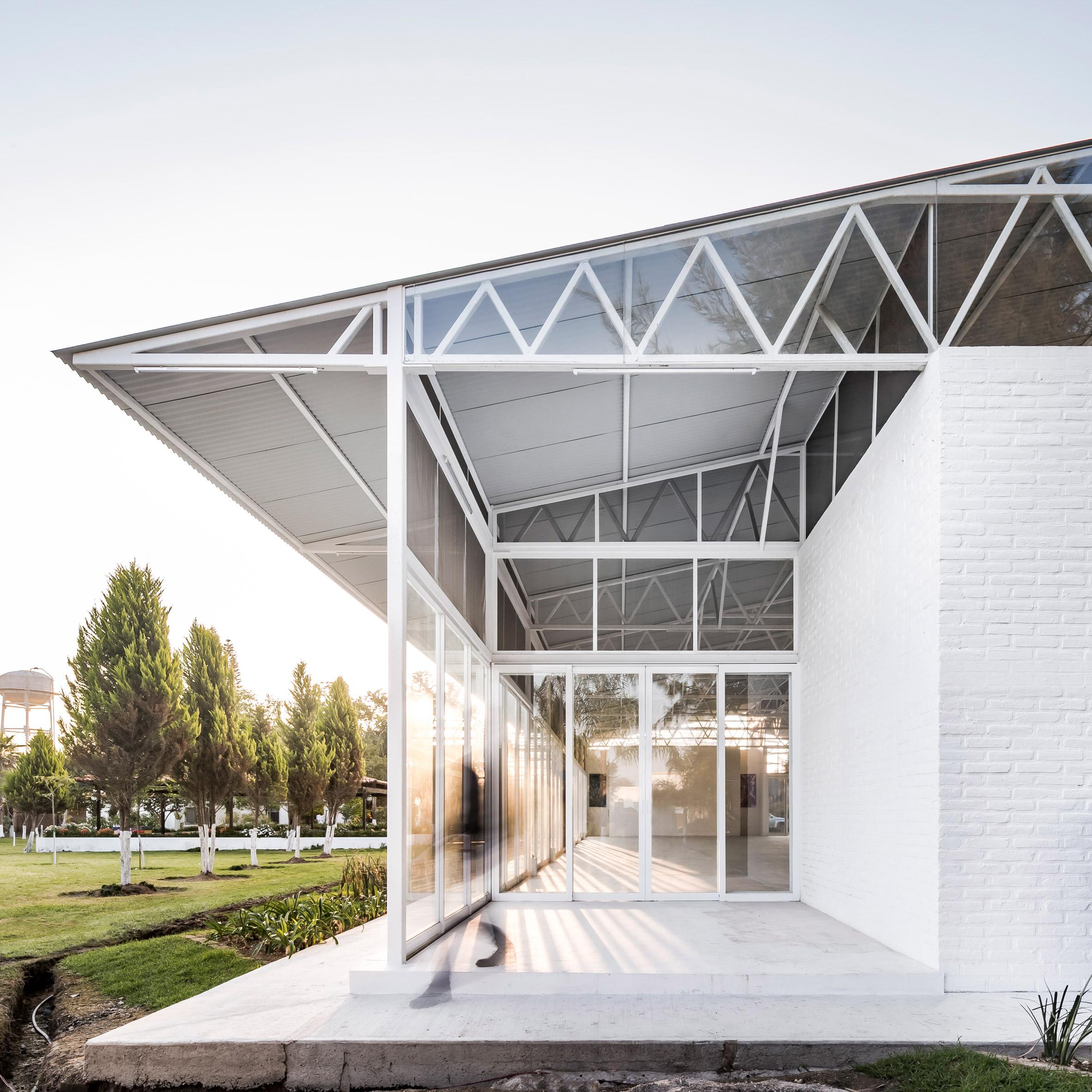 pabellon-avila-abraham-cota-paredes-architecture-pavilion-mexico_dezeen_2364_sq2