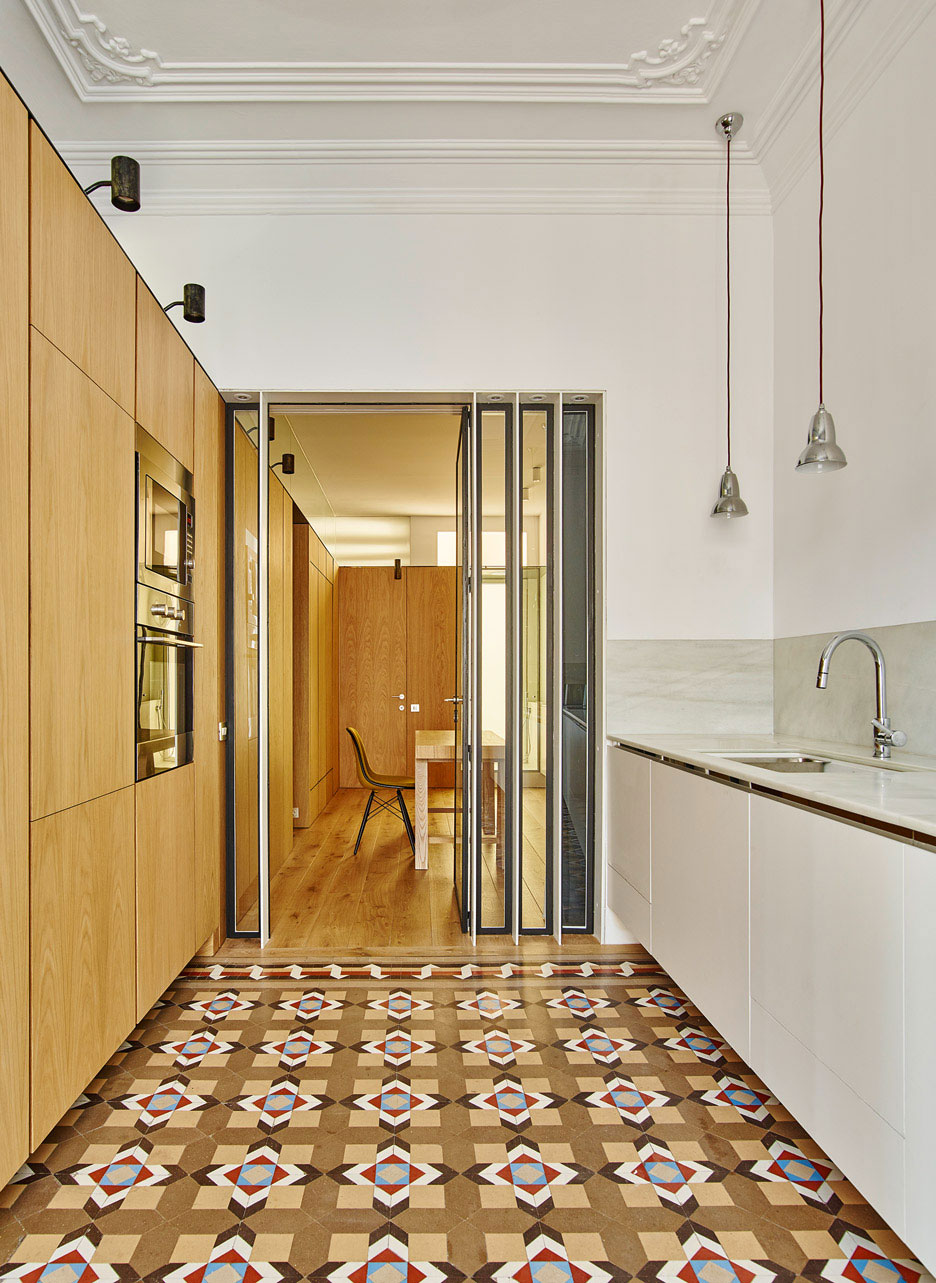 House-AB-Barcelona-by-built-architecture-Yellowtrace-07