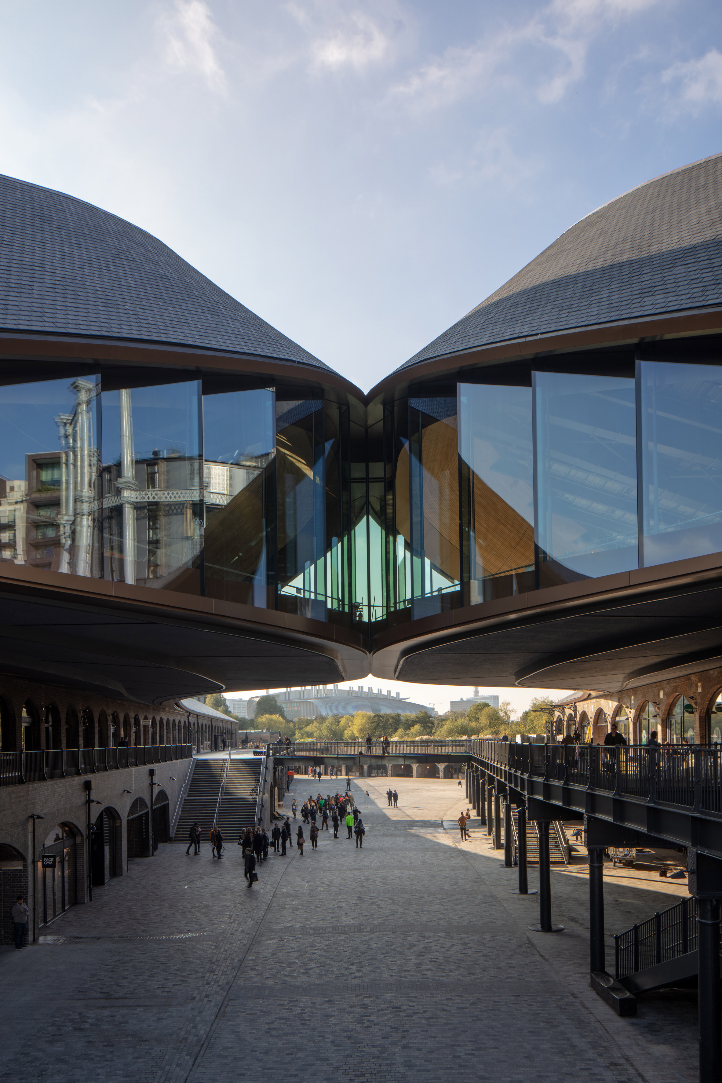 coal-drops-yard-thomas-heatherwick-studio-kings-cross-architecture_dezeen_2364_col_10