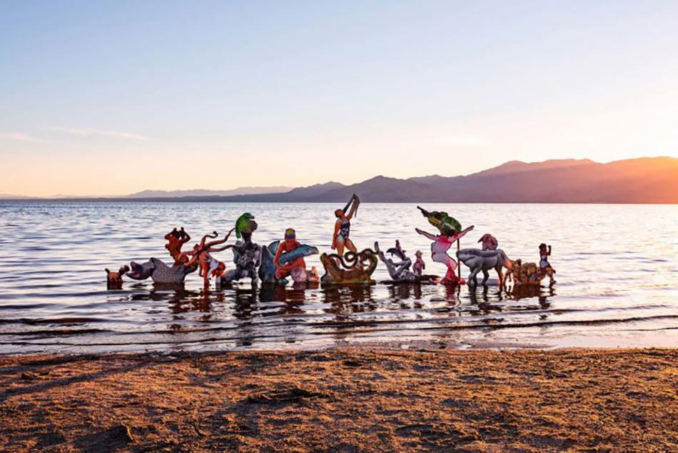desert-x-art-festival-new-installations-palm-springs-2-770x514
