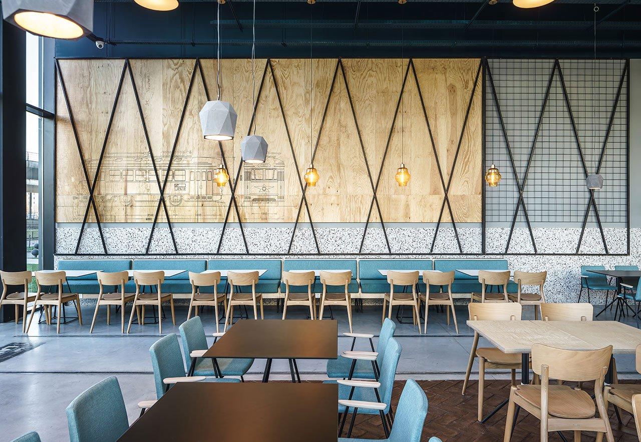 f1_14thlane_restaurant_bucharest_romania_yellow_office_yatzer