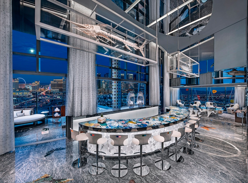 https___hypebeast.com_image_2019_03_damien-hirst-empathy-suite-palms-casino-resort-2