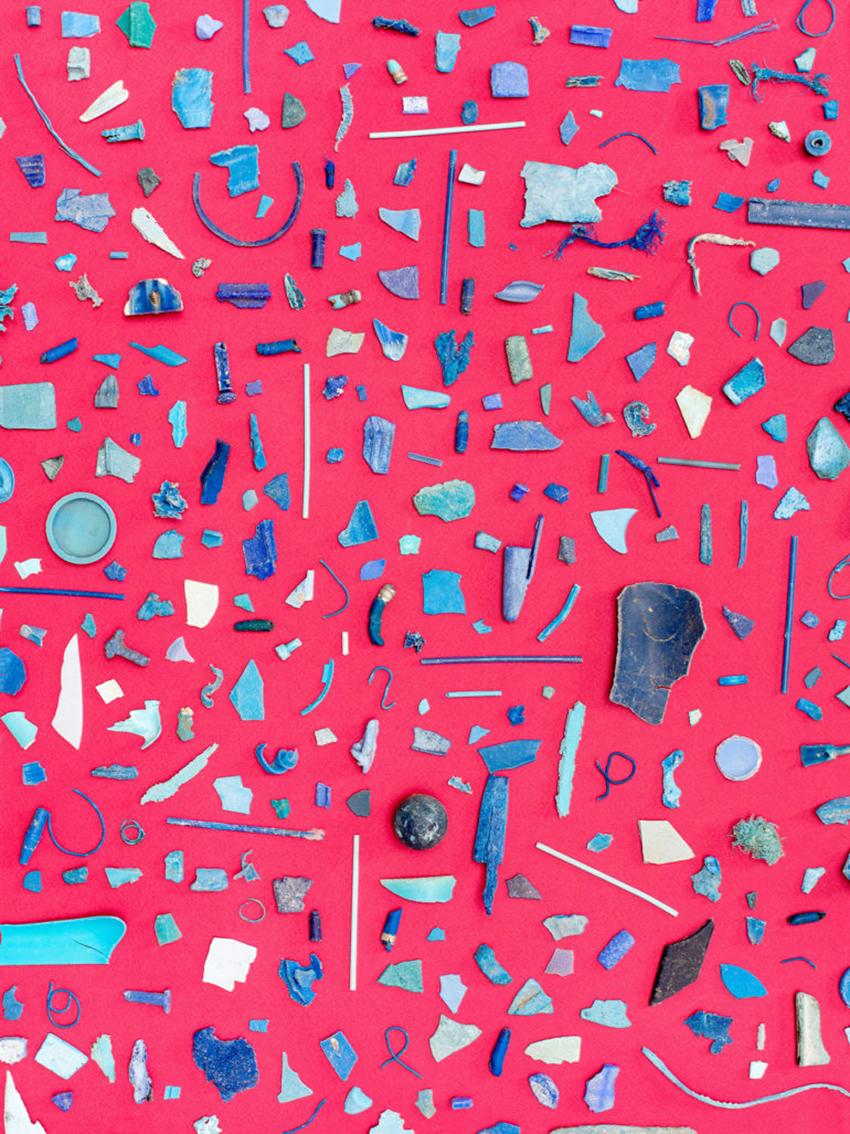 sad-colors-of-the-ocean-5-770x1027