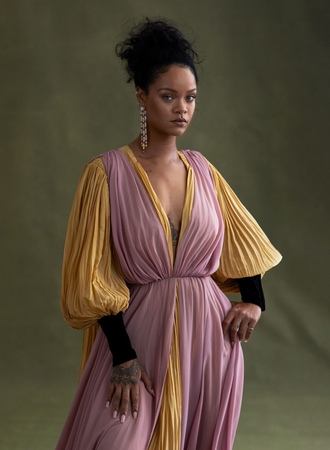 VOGUE-Rihanna-by-Ethan-James-Green.-Tonne-Goodman-November-2019-www.imageamplified.com-Image-Amp-9