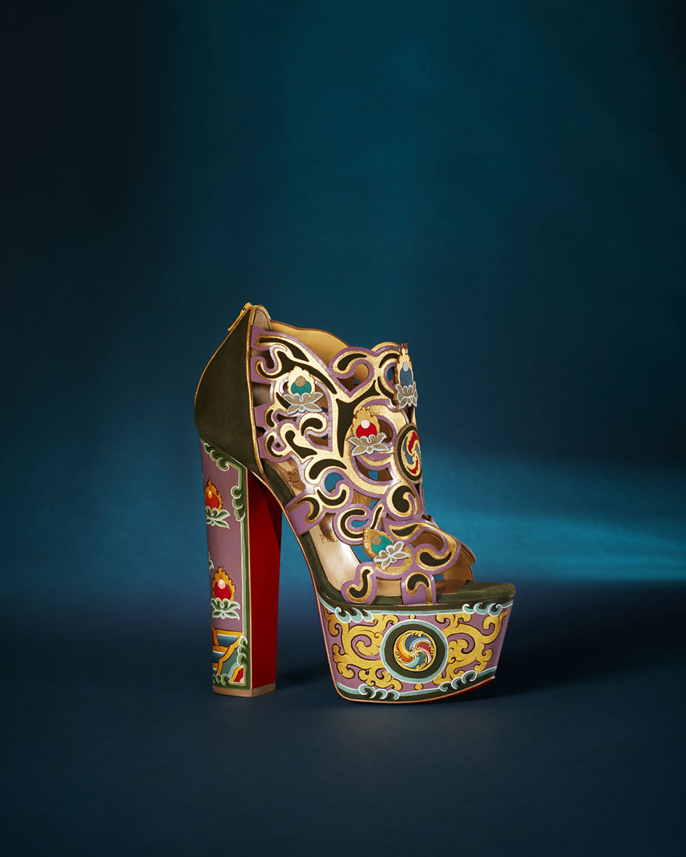 loubhoutinLoubhoutan-when-art-meets-fashion-post-10