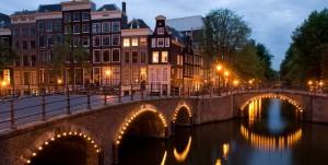 Туристы больше не смогут снимать жильё в центре Амстердама через Airbnb