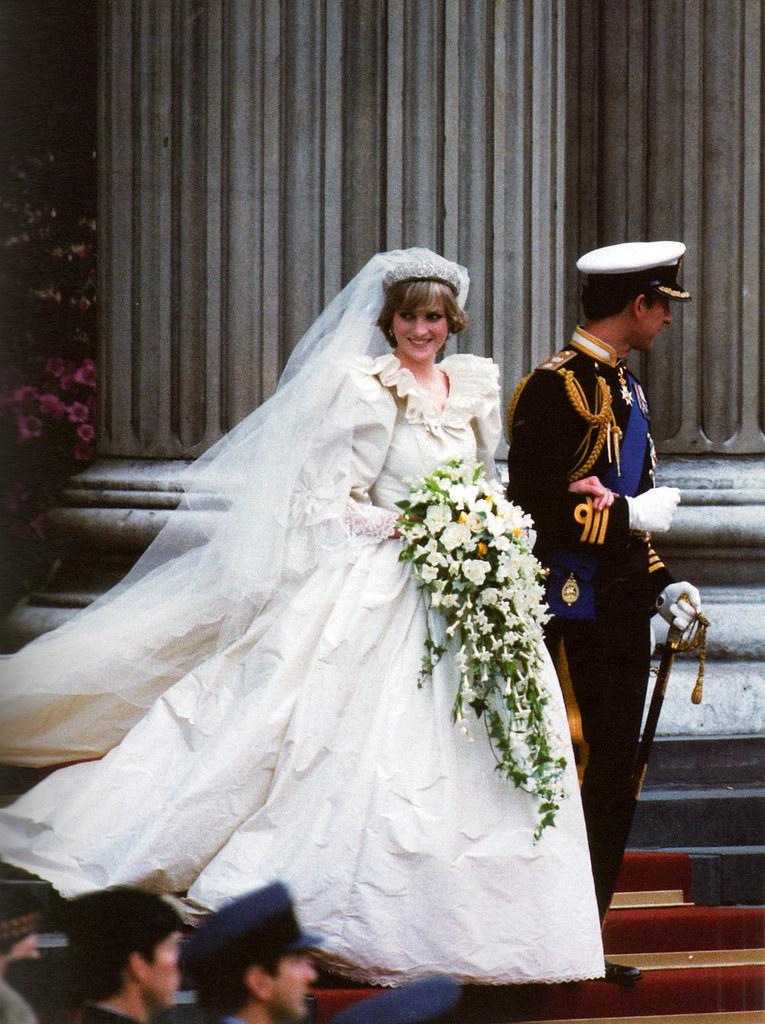 принцесса Диана платье 2