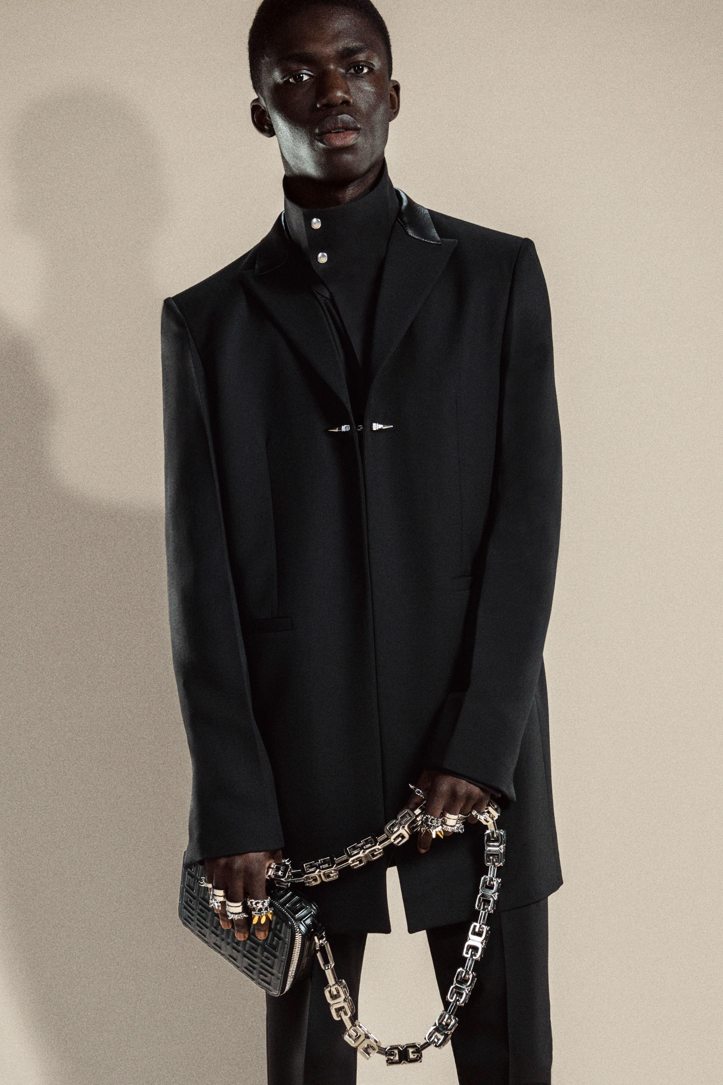 00002-Givenchy-Pre-Fall-21