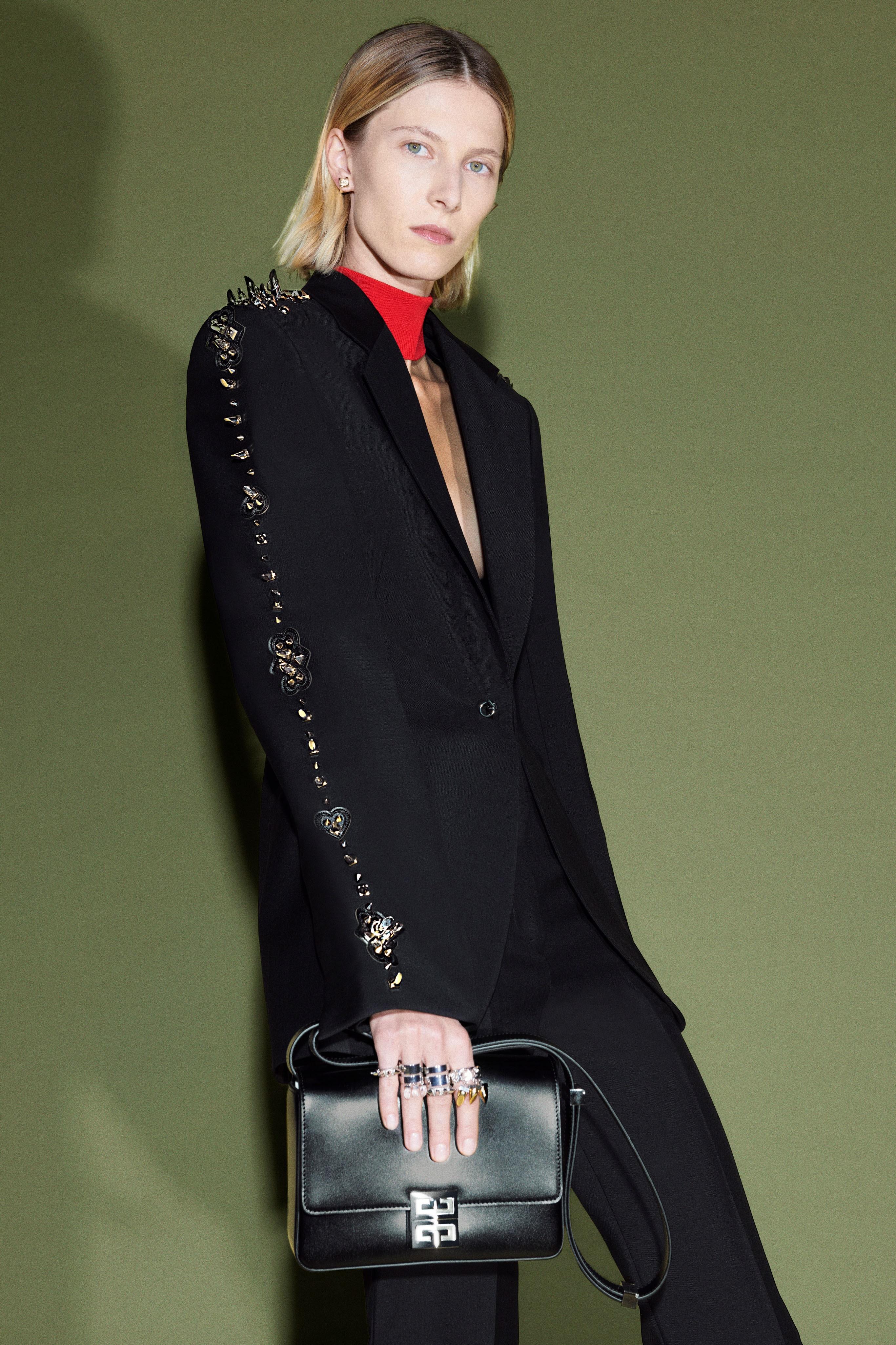 00006-Givenchy-Pre-Fall-21