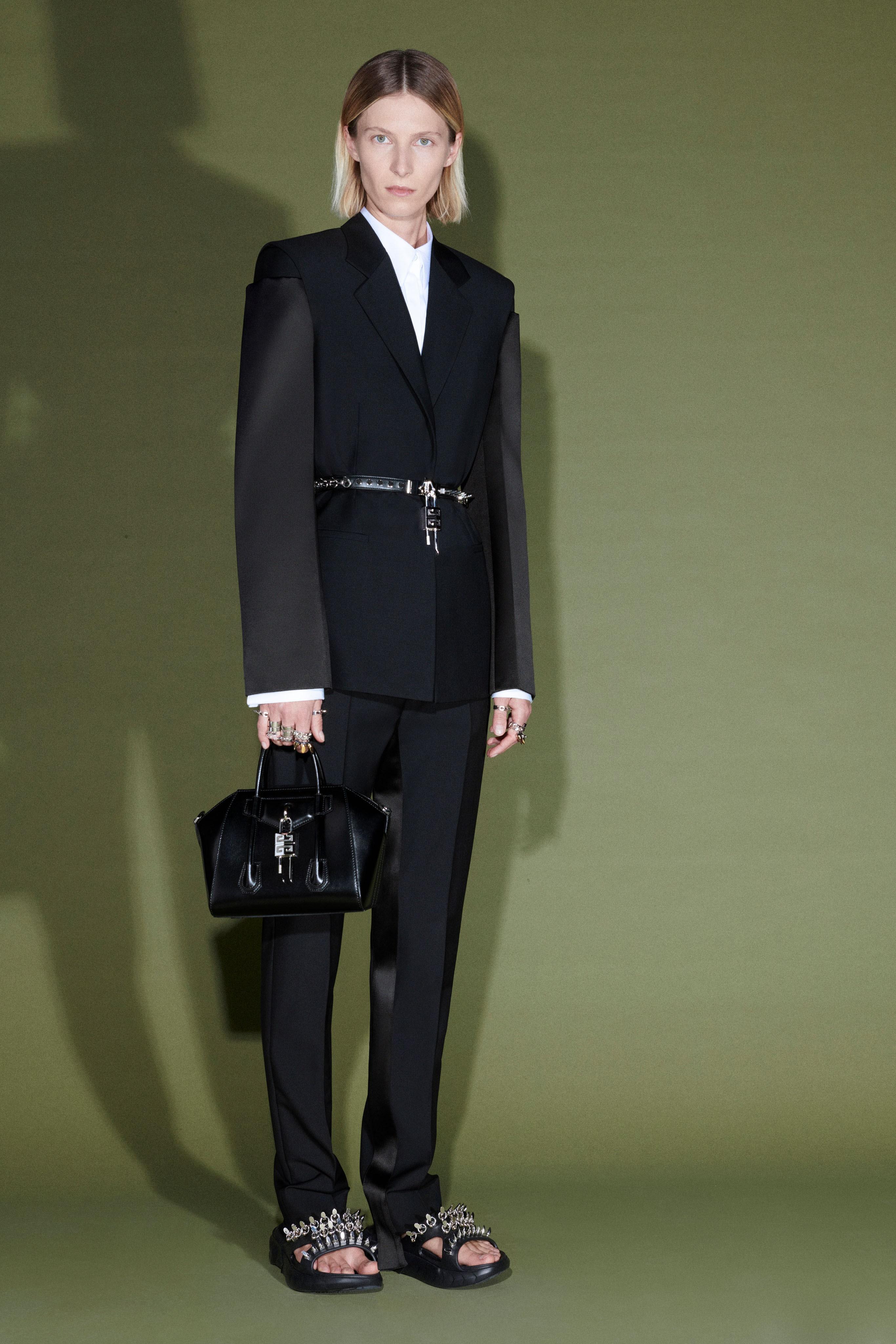 00042-Givenchy-Pre-Fall-21