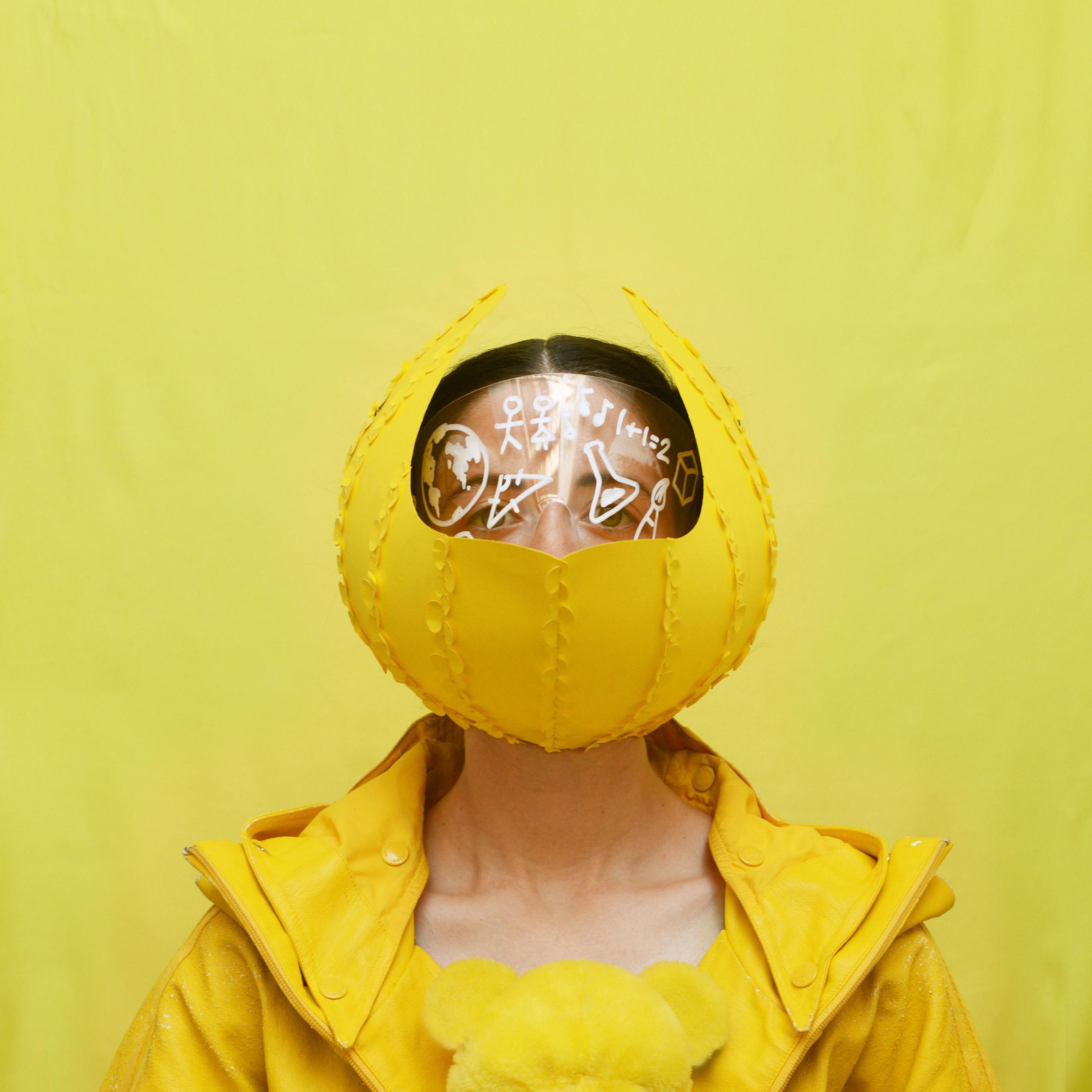 0Afreyja-sewell-face-mask-design_dezeen_2364_col_3