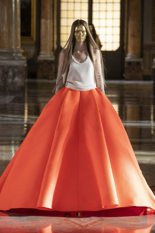 Valentino Couture 10