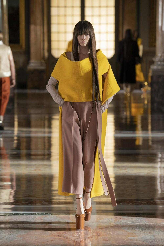 Valentino Couture 12
