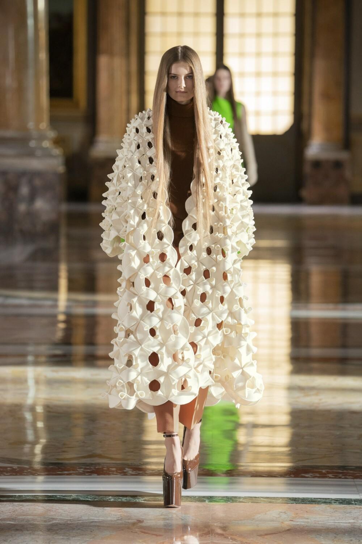 Valentino Couture 7